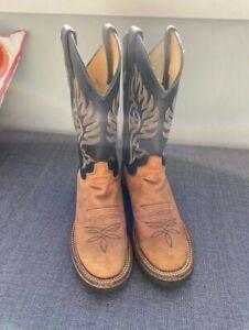 Genuine Justin Cowboy Boots 6.5 B