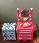 Handmade Needlepoint Plastic Canvas Tissue Box Cover  Vanity & Dresser tbc