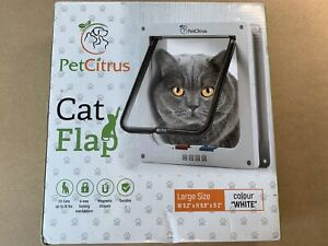 Pet Screen Door / Small Cats and Dogs Locking Door Clear Flap (upto 19 Pounds)