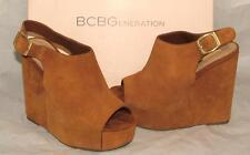 BCBG BCBGeneration FADER Suede Open Toe Wedge Heel Camel Crosta size 7 NEW