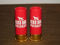 VINTAGE LIQUOR HUNTING 2 BIRD DOG WHISKEY 12 GA SHOTGUN PLASTIC SHOT GLASSES