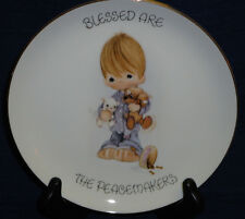 Precious Moments BLESSED ARE THE PEACEMAKERS collectors plate Boy w/pup & kitten