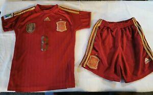 Football kit Barcelona Red gold age 8-9  size 10 Xavi 8