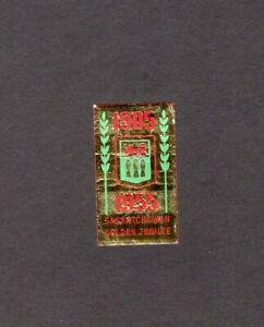 SASKATCHEWAN GOLDEN JUBILEE CINDERELLA -1955 -MINT HINGED, RED & GREEN ON GOLD