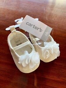 BRAND NEW NB Newborn Girl Shoes White Flower Carters