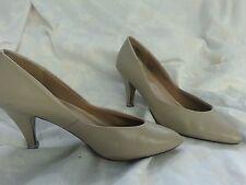 Predictions Womens Beige Predictions Pumps Heels - Size 7M