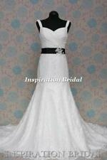 A-line Lace Strappy/Spaghetti Strap Wedding Dresses