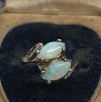 Vintage Fashion Ring Size 6.5 Faux Opal Gold Tone Glass