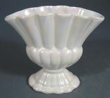 Retro/vintage deco 50s-60s white lustre ware ceramic 'fan' vase Raynham pottery