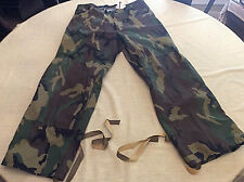 Military Raven Industries Rain Stuff Woodland Camo Gore Tex Pants Medium
