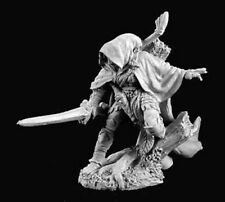 Nienna Elf Ranger 02909 - Dark Heaven Legends - Reaper MiniaturesD&D