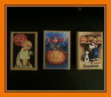 THREE HALLOWEEN GIFT BOXES WITH VINTAGE DESIGNS