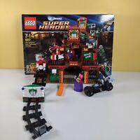 LEGO 6857 DC Comics The Dynamic Duo Funhouse Escape - 100% + Box & Instructions