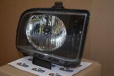 2005-2006 Ford Mustang RH Passenger Side Headlamp Light new OEM 4R3Z-13008-AA