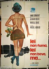 manifesto 4F originale LEI NON FUMA, LEI NON BEVE, MA... Annie Girardot 1971