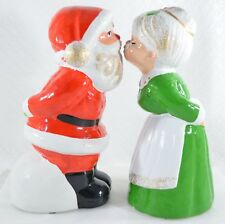 """7"""" Kissing Santa & Mrs Claus Music Silent Night Red, Green, Gold Accents Figures"""
