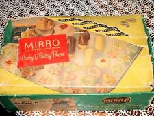 VINTAGE MIRRO ALUMINUM COOKIE & PASTRY PRESS - 11 PLATES 3 TIPS ORIGINAL BOX