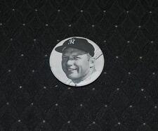 """Mickey Mantle NY Yankees 2.25"""" B&W Baseball Pin-NM"""