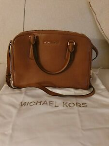 Michael Kors Leather Bag/ Bag Reese LG Satchel TAN, new without tags