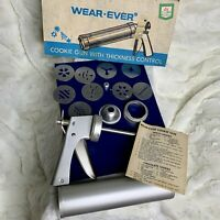 VINTAGE Wear-Ever Cookie Gun & Pastry Decorator USA 1980's S&H Stamps INCOMPLETE