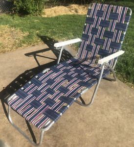 Vintage Sunbeam Webbed Folding Beach Lawn Chair Chaise Lounge Blue/ Red