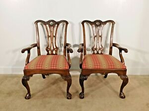 Pair of Henredon Historic Natchez Arm Dining Chairs (2 Chairs)