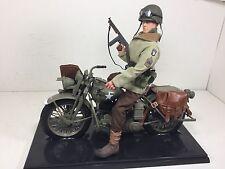 1/6 101ST AIRBORNE HARLEY-DAVIDSON WLA MOTORCYCLE & M.SGT WW2 DRAGON BBI DID
