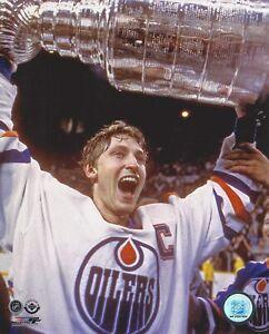 "Wayne Gretzky Edmonton Oilers Stanley Cup Celebration Photo (Size: 8"" x 10"")"
