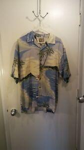 Tommy Bahama Medum Short Sleeve Button Down Island Sailboat Shirt Silk