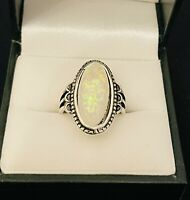 Vintage Style Silver Tone / Moonstone Style Glitter Oval Ring Costume Jewellery
