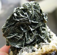 MARCASITE BRILLIANT CRYSTALS and SIDERITES on MATRIX from PERÚ.....HUANZALA MINE
