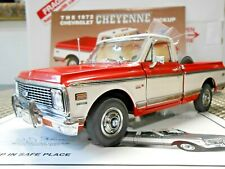 Danbury Mint 1:24 1972 Chevrolet Cheyenne Pickup Truck Crimson Red & White
