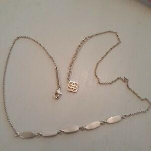 Delicate Kendra Scott silvery gold short choker Necklace