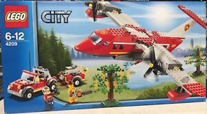 LEGO 4209 City Fire Plane Truck Brand New Sealed Retired 2012 BNIB hard To Find