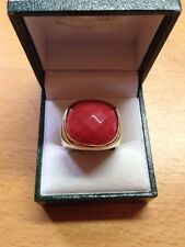 Gents 18CT Y/G Large Red Coral Stone Ring Size O 18 mm Square