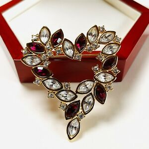 VINTAGE SIGNED MONET SPARKLING RED/CLEAR CRYSTAL GOLD PLATED BROOCH/PIN