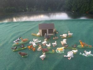 Britains Hen House And Accessories