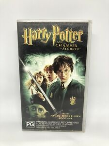 HARRY POTTER AND THE CHAMBER OF SECRETS VHS Very Good Condition FREE SHIPPING