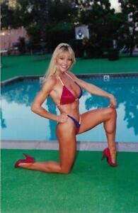 VERY PRETTY WOMAN 80's 90's FOUND PHOTO Color Fitness Model EN Bikini  16 26 ZZ