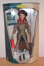 1999 Collector Edition City Seasons Collection AUTOMNE à Londres Barbie