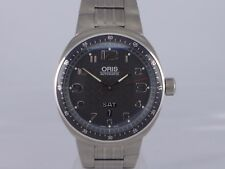Swiss Oris TT3 black dial auto Date Day titanium bracelet dressing watch 7589