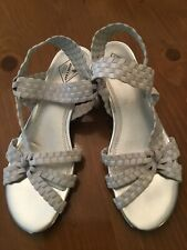 St. Johns Bay Light-Grey Strappy Low-Wedge Sandals Sz 7 M