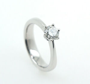 Women's Ring 18 Carat White Gold With Brilliant Purity Si 2 Color H 0,50 CT Size