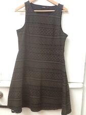 APT. 9 Women Size M Medium Olive Green Black Tribal Print Sheath Stretch Dress