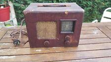 Ancienne radio a lampe portative TSF