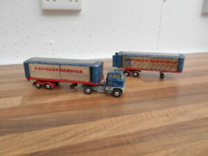 VINTAGE CORGI MAJOR FORD ARTICULATED TRUCK WITH X2 TRAILERS