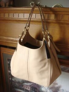 NWT ~ COLE HAAN JULIANNE ~ NUDE/BEIGE SMOOTH LEATHER LARGE HOBO TOTE BAG ~ $398