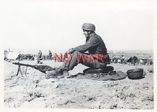 WWII ORIGINAL GERMAN WAR PHOTO paratrooper SOLDIER WITH HELMET & MG IN ACTION