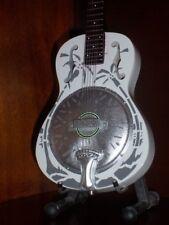Mini Resonator Guitar  DIRE STRAITS MARK KNOPFLER Memorabilia FREE STAND Art