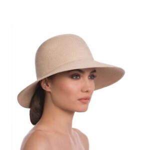 Authentic NWT Eric Javits Luxury Fashion Women's Hat - Squishee IV in Cream